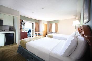 Room, 2 Double Beds, Pool View (1st Floor)
