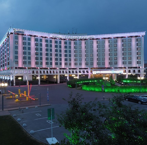 . Radisson Slavyanskaya Hotel and Business Centre, Moscow