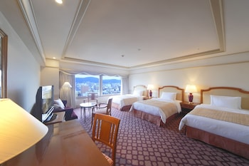 HOTEL NIKKO PRINCESS KYOTO Mountain View