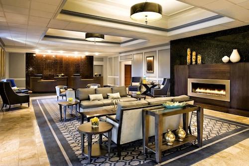 __{offers.Best_flights}__ Sheraton Framingham Hotel & Conference Center