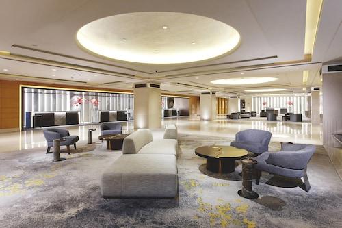 . Sheraton Grand Taipei Hotel