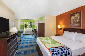 Hotel - Days Inn by Wyndham Fremont