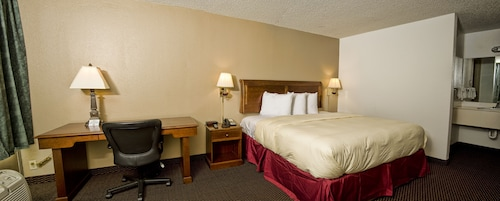 . Express Inn & Suites