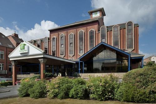 . Holiday Inn Bolton Centre
