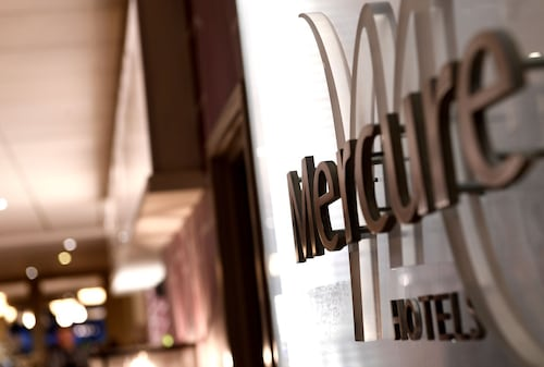 . Mercure Telford Centre Hotel
