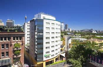 Holiday Inn Potts Point Sydney - Featured Image