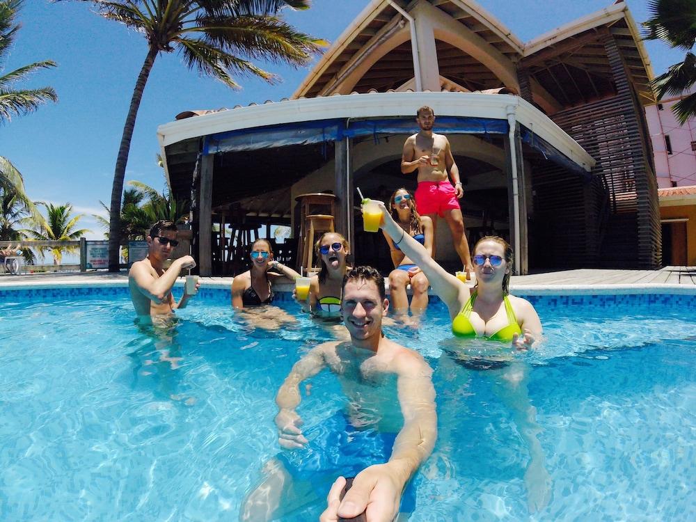 선브리즈 호텔(Sunbreeze Hotel) Hotel Image 1 - Pool
