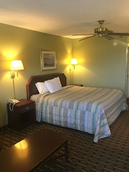 Standard Room, 1 King Bed, Non Smoking
