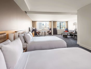 Executive Double Room, 2 Double Beds, Harbor View