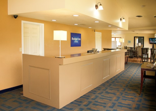 . Budget Inn and Suites