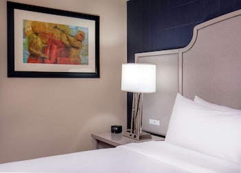 Suite, 1 King Bed (Ryman)
