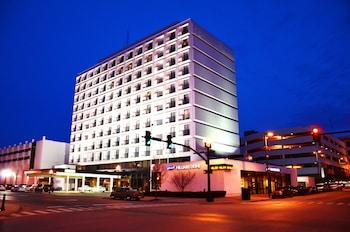 Pullman Plaza Hotel