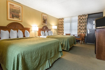 Standard Oda, 2 Büyük (queen) Boy Yatak, Sigara İçilebilir