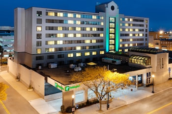 Hotel - Holiday Inn Bridgeport-Trumbull-Fairfield