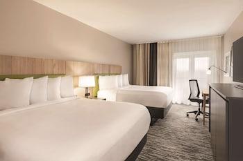 Premium Room, 2 Queen Beds, Non Smoking, Balcony