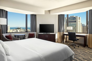 Junior Suite, 1 King Bed, View, Tower (Coit Tower view)