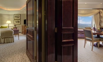 倫敦柏寧希爾頓飯店