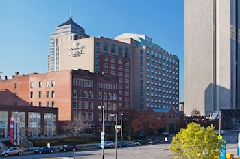 Crowne Plaza Hotel Downtown - Columbus, Ohio photo