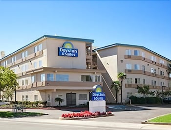 Hotel - Days Inn & Suites by Wyndham Rancho Cordova