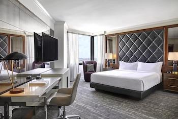 Room, 1 King Bed, Corner (Over-sized)