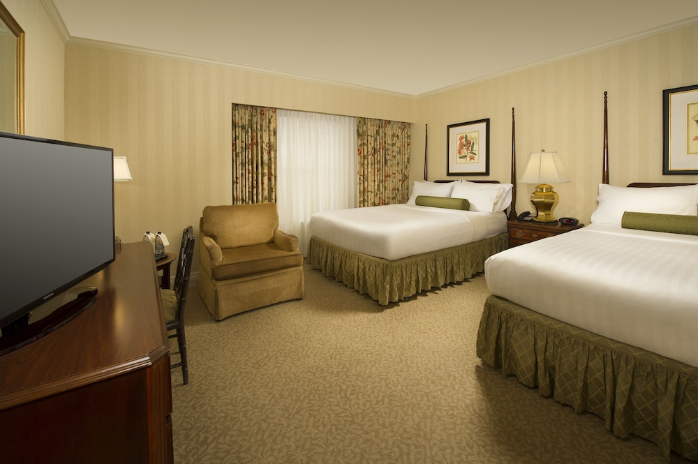 Classic Room, 1 Queen Bed - Accessible