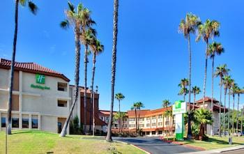 拉梅薩假日飯店 Holiday Inn La Mesa, an IHG Hotel