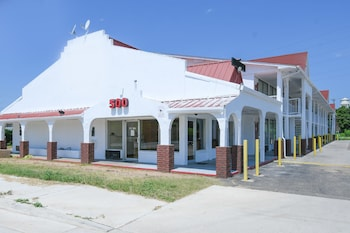 Hotel - OYO Hotel Waco Baylor
