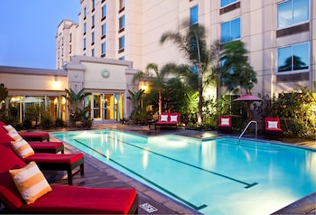 DoubleTree by Hilton Los Angeles - Commerce - Outdoor Pool  - #0