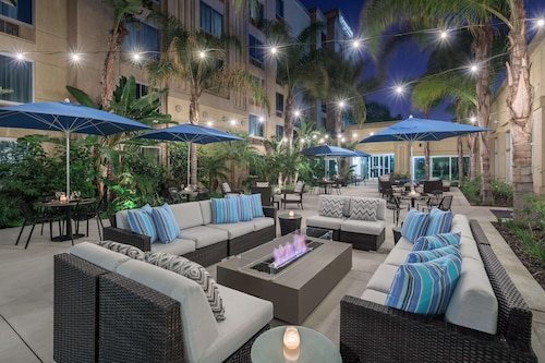 . DoubleTree by Hilton Los Angeles - Commerce