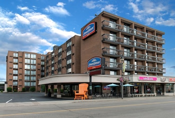 Hotel - Howard Johnson by Wyndham by the Falls Niagara Falls
