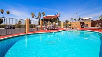 貝斯特韋斯特埃爾卡洪修爾住宿普拉斯飯店 SureStay Plus Hotel by Best Western El Cajon