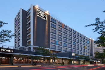 Hotel - Four Points by Sheraton Windsor Downtown