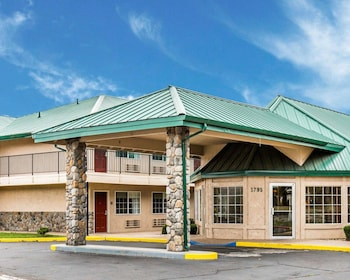 Quality Inn And Suites Minden