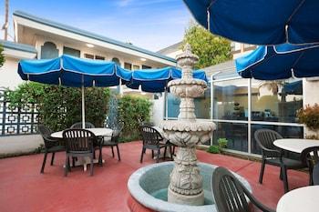 貝克斯菲爾德溫德姆旅遊旅館 Travelodge by Wyndham Bakersfield