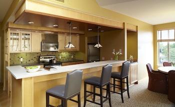 Suite, 2 Bedrooms, Marina View