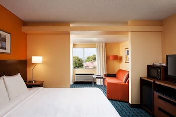 Guestroom at Country Inn & Suites by Radisson, Phoenix Airport, AZ in Phoenix