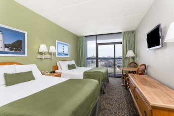 Room, 2 Queen Beds, Non Smoking, Pool View (No Pets)