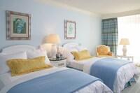 Deluxe Room, 2 Twin Beds, Smoking, Garden View