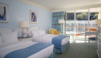 Room, 1 King Bed, Non Smoking, City View (Fairmont Room)
