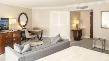 Junior Suite, 2 Queen Beds, Garden View
