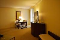 Suite, 1 Bedroom, Smoking, Garden View