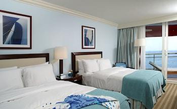 Room, 2 Queen Beds, Sea View (Fairmont NS Floor 1)