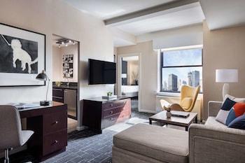 One Bedroom Suite King Bed Deluxe