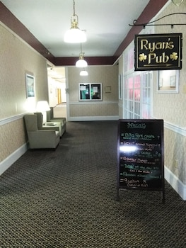 New Bedford Inn & Suites