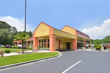 Hotel - Americas Best Value Inn Hinesville
