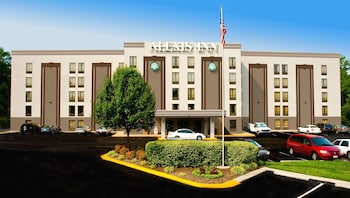 那什維爾機場阿萊克西斯飯店 The Alexis Inn & Suites - Nashville Airport