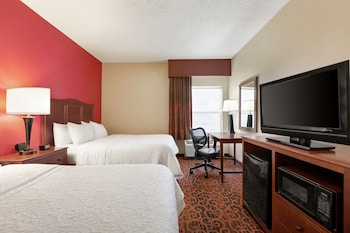 Room, 2 Queen Beds, Accessible, Non Smoking (Mobility & Hearing, Roll-In Shower)