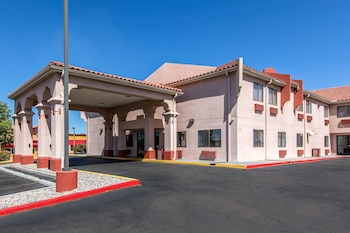 阿爾伯克基北凱藝套房飯店 - 近氣球嘉年華公園 Quality Inn & Suites Albuquerque North near Balloon Fiesta Park