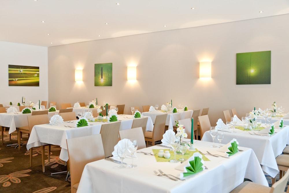 파크호텔 루에겐(Parkhotel Ruegen) Hotel Image 19 - Restaurant