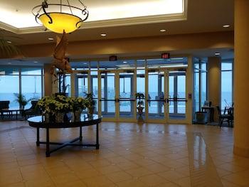 Lobby at Hilton Ocean City Oceanfront Suites in Ocean City